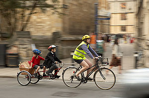 300px-Family_Ride_bicycle_cycle_trailer1