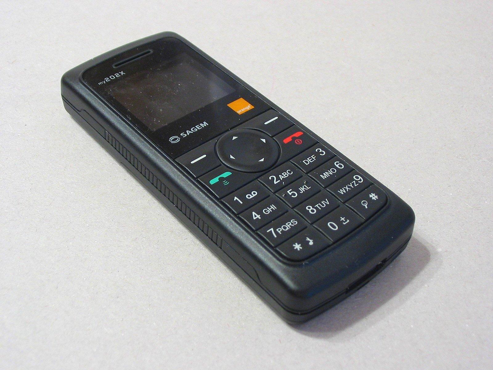 Cell_phone_Sagem_my202X_ubt